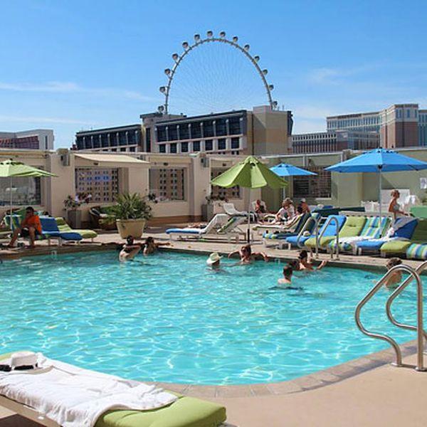 Platinum Hotel & Casino - zwembad