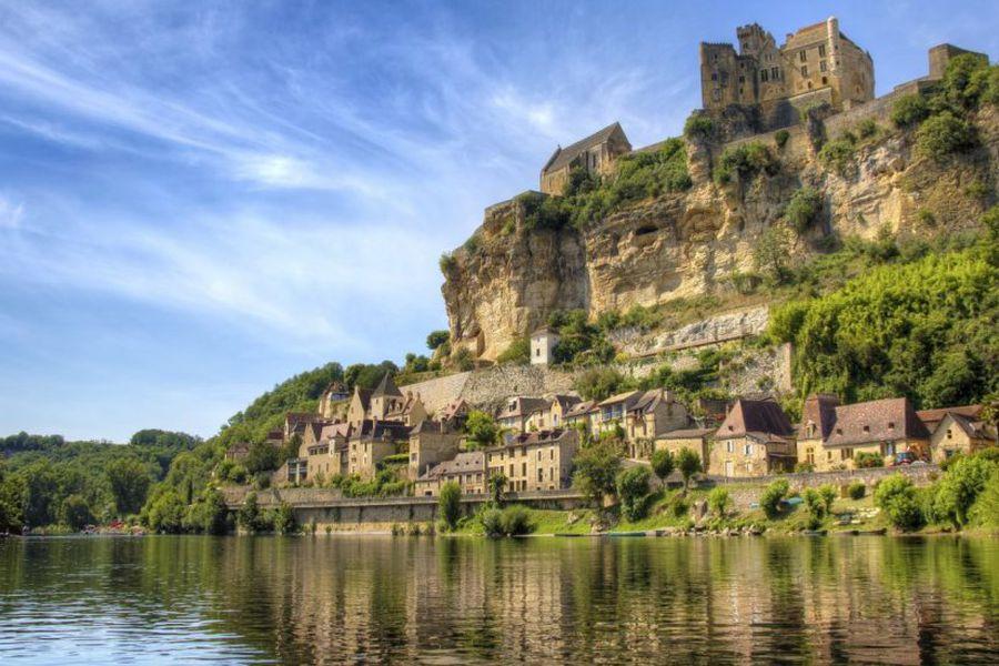 Beynac Dordogne - Beynac - Frankrijk - reizen Frankrijk - Doets Reizen