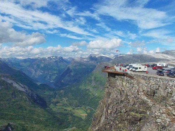 Dalsnibba skywalk - Doets Reizen - Vakantie Noorwegen - Credits visit Dalsnibba
