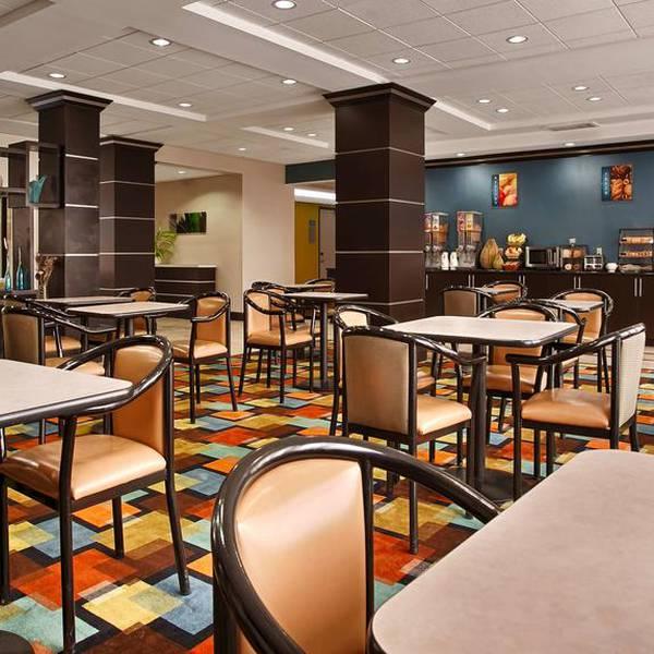 Best Western Plus JFK Airport Inn & Suites, diner