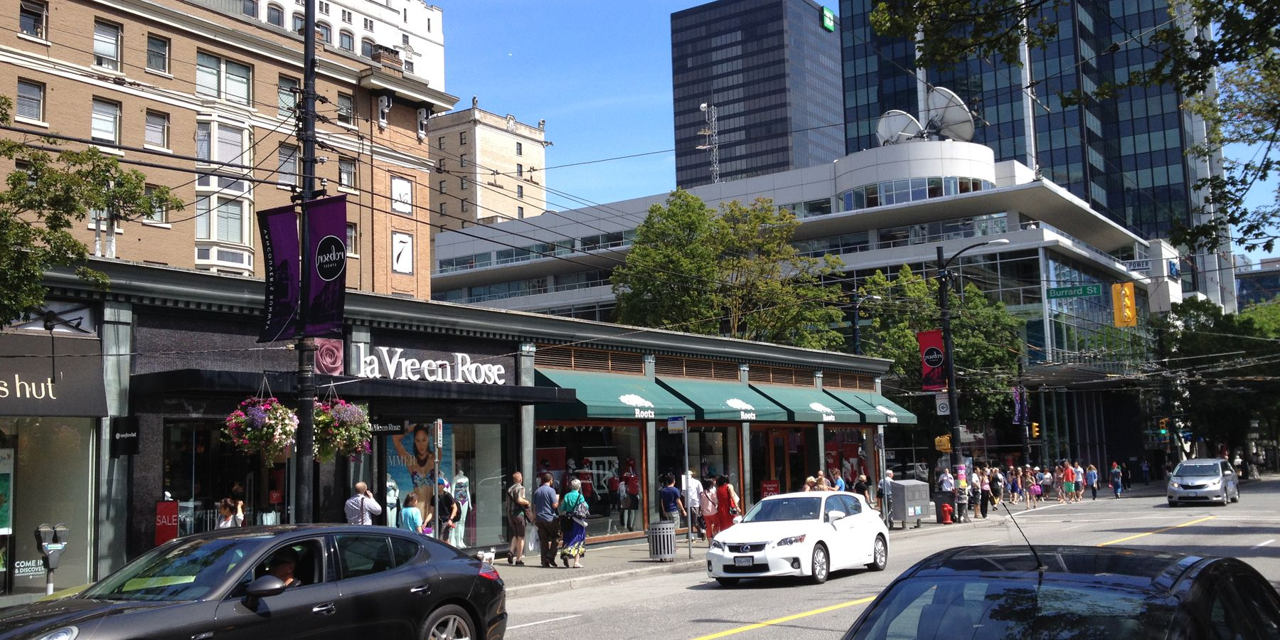 Robson Street - Vancouver - British Columbia - Canada - Doets Reizen