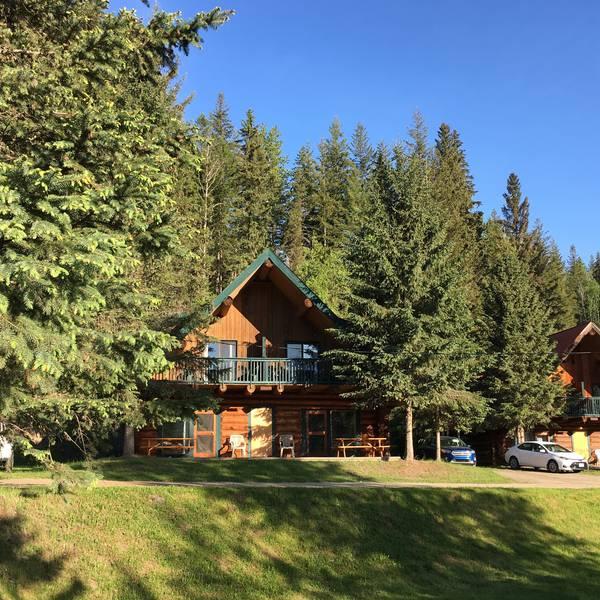 Helmcken Falls Lodge - standard6