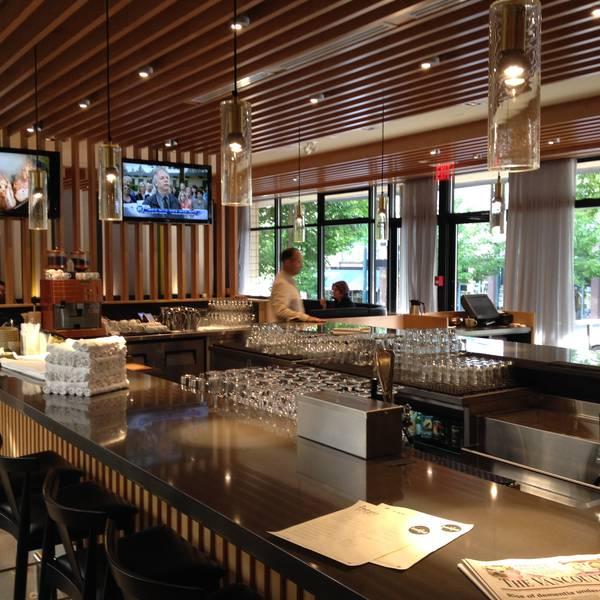 Listel Hotel - restaurant