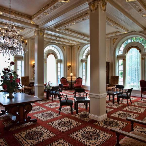 Beresford Arms - lobby