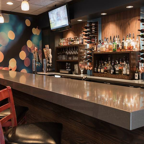 DoubleTree by Hilton PC Bar