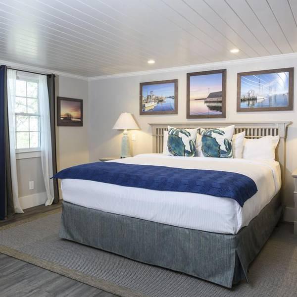 Kelley House - room