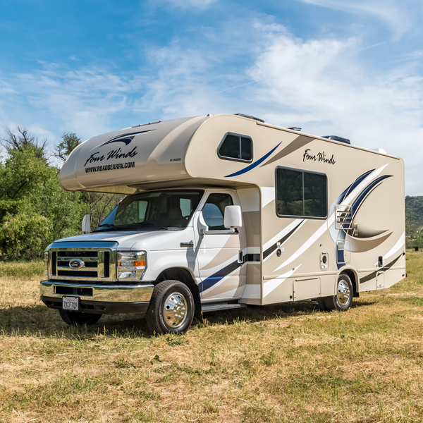 Road Bear RV, C22-24 ft