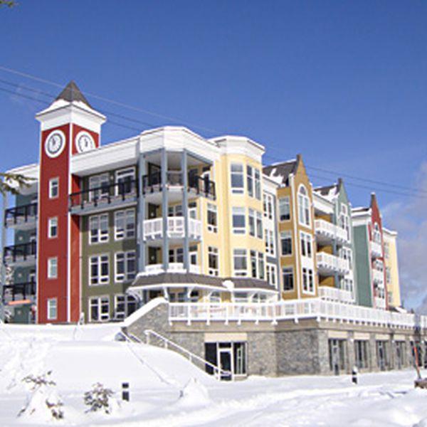 FireLight Lodge Exterior