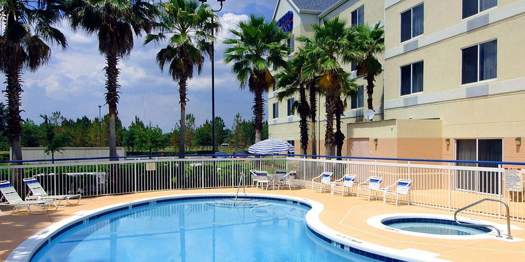Fairfield Inn Orlando Airport - Buitenzwembad