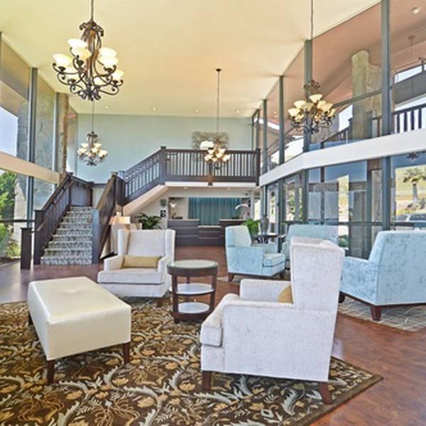 Shore Cliff Hotel - lobby