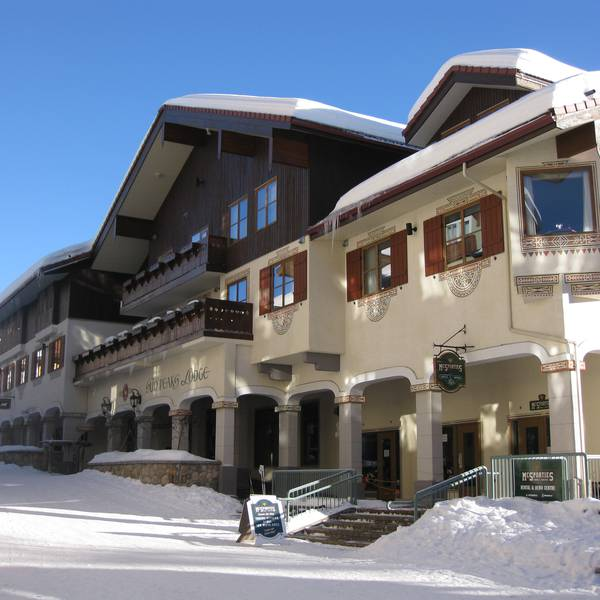 Sun Peaks Lodge - aanzicht winter