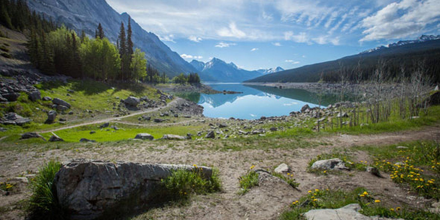 Medicine Lake - Jasper National Park - Alberta - Canada - Doets Reizen