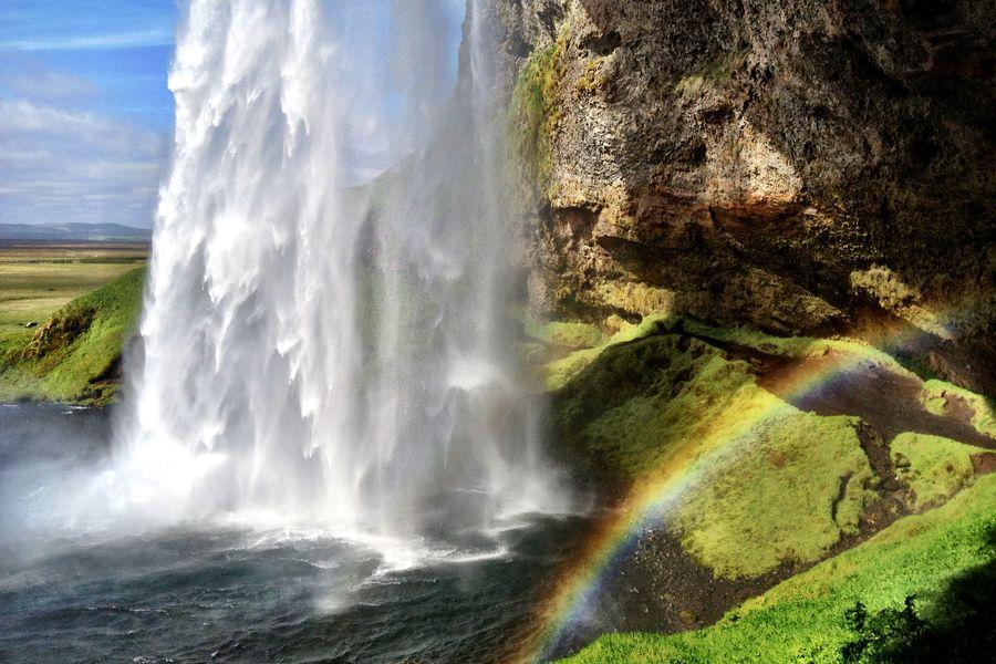 Seljalandsfoss - IJsland - Doets Reizen