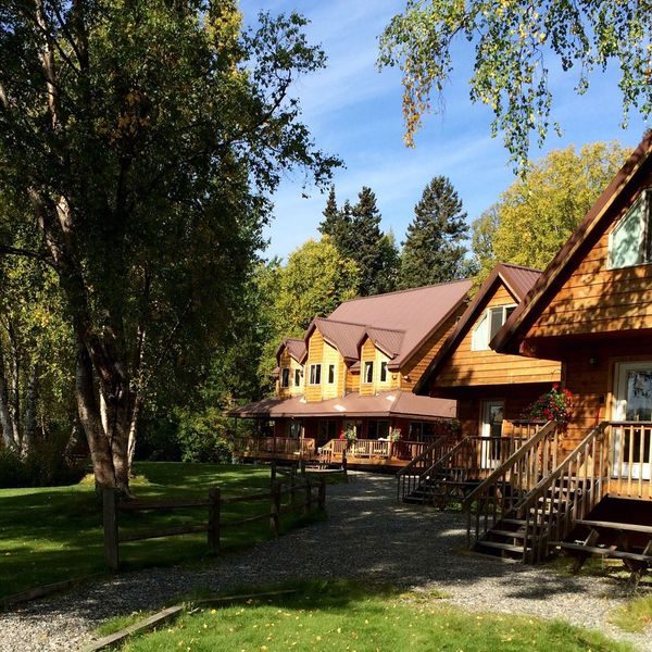 Susitna River Lodging 1
