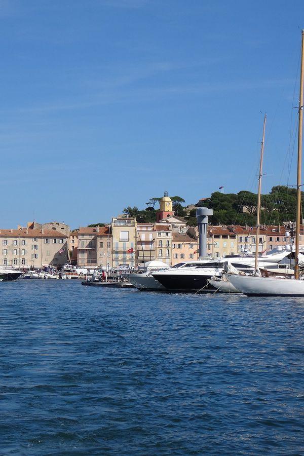 Jachthaven Saint Tropez Doets Reizen abeelding van Emma Blowers via Pixabay | Frankrijk
