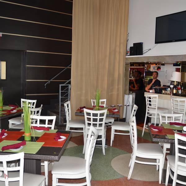 Ocean Five Hotel - restaurant