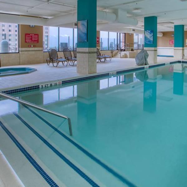 Drury Plaza Hotel - Binnenzwembad