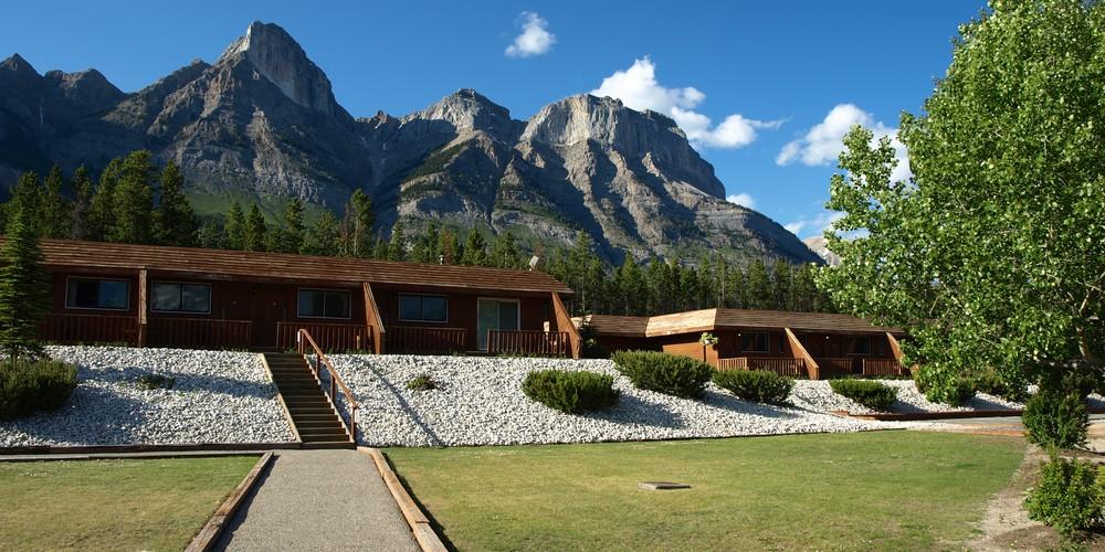 The Crossing Resort - Icefields Parkway - Alberta - Canada - Doets Reizen