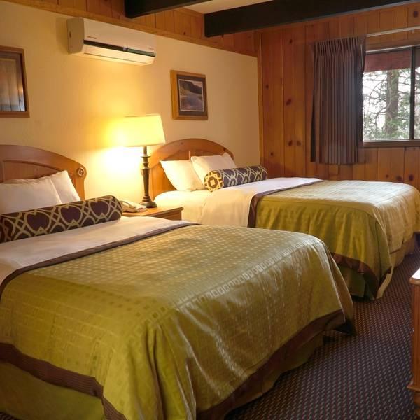 The Pines Resort - room