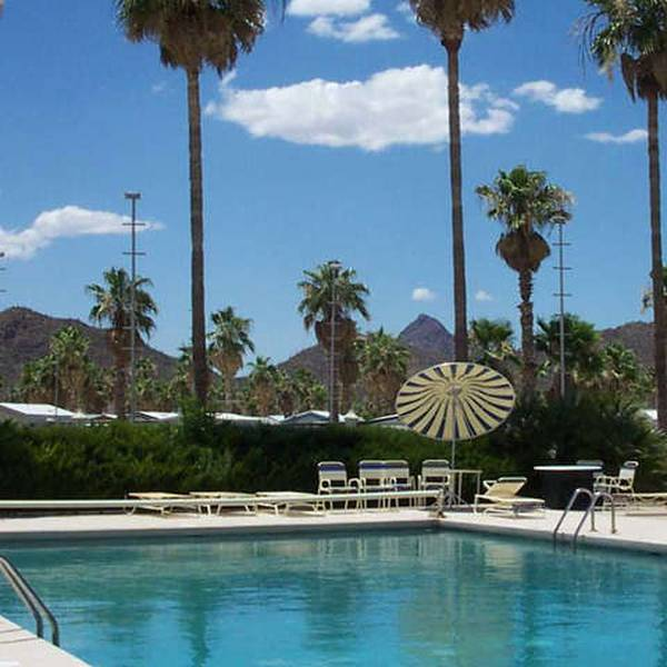 Prince of Tucson RV Park, buitenzwembad