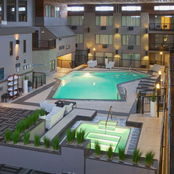 Sandman Inn Kelowna - pool