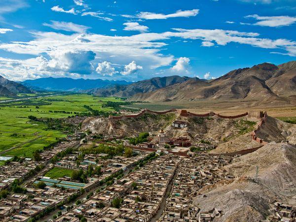 Gyantse - Tibet - China - Doets Reizen