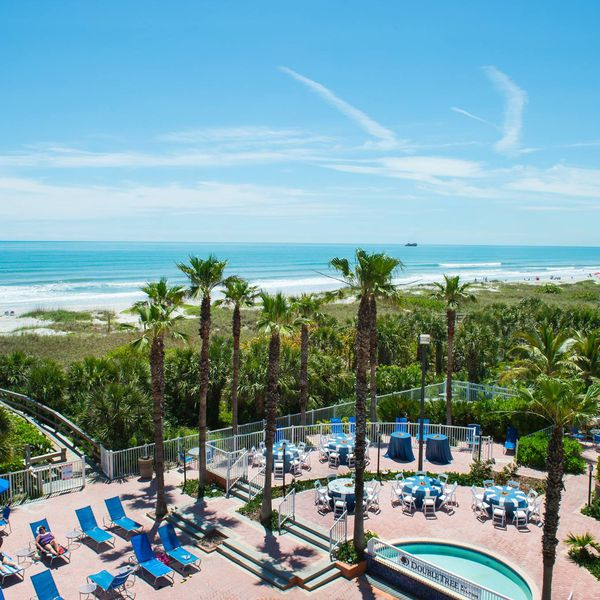 DoubleTree by Hilton Cocoa Beach - 1