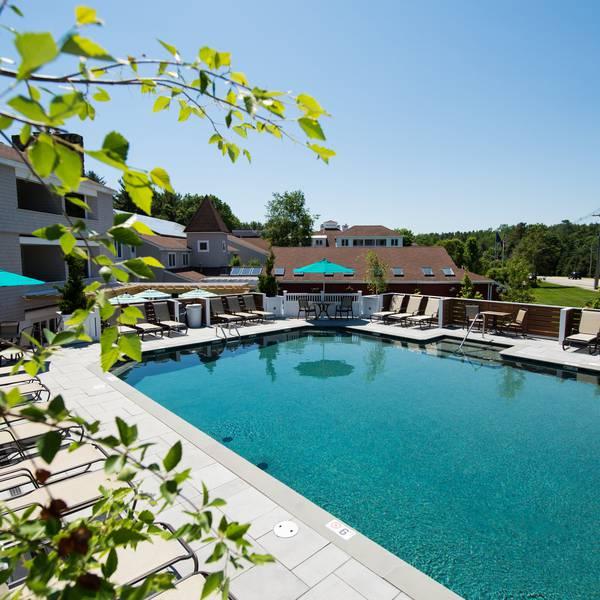 Meadowmere Resort 1