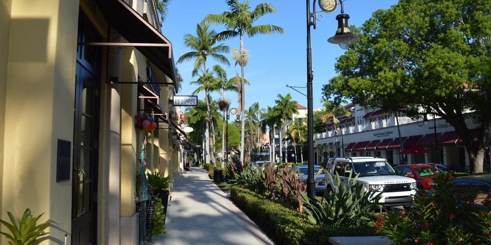Naples Florida 5th Avenue