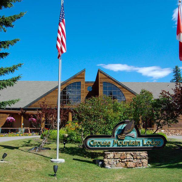 Grouse Mountain Lodge - buitenkant