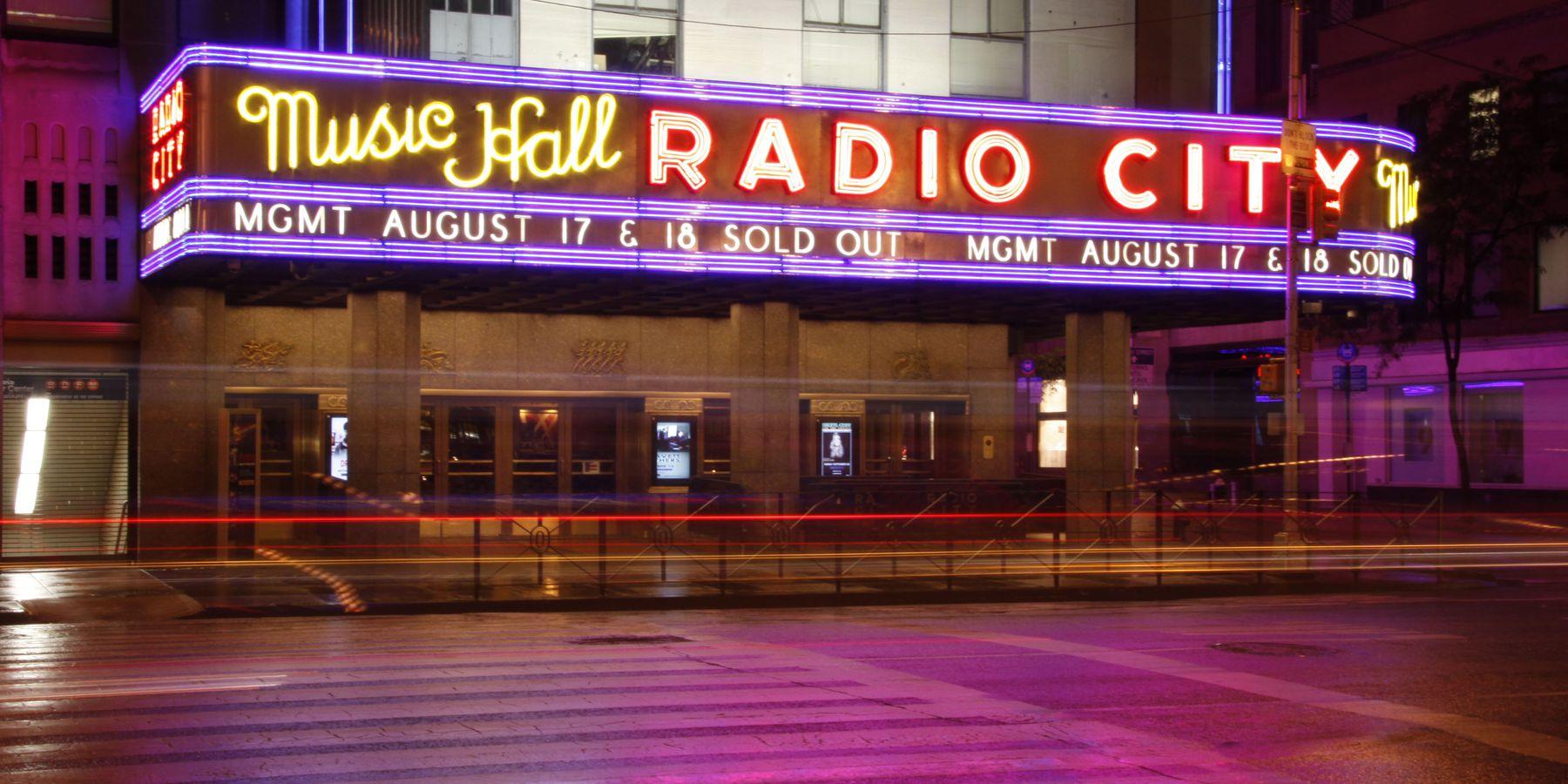 Radio City Music Hal - Rockefeller Center - New York - Doets Reizen