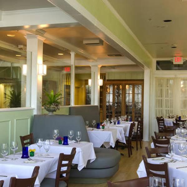 Bienville House - restaurant