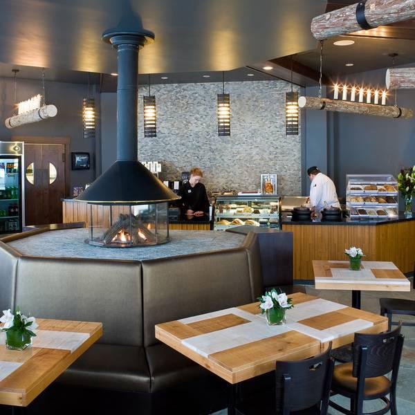 Nita Lake Lodge - restaurant