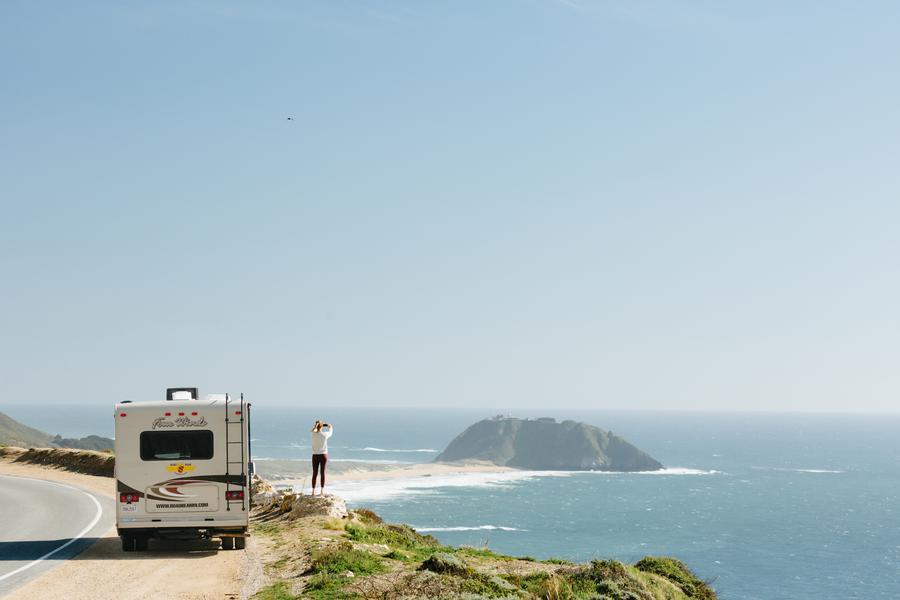 Een tussenstop met de camper langs de Pacific Ocean