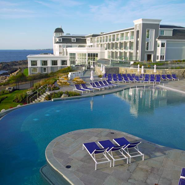 Cliff House - pool