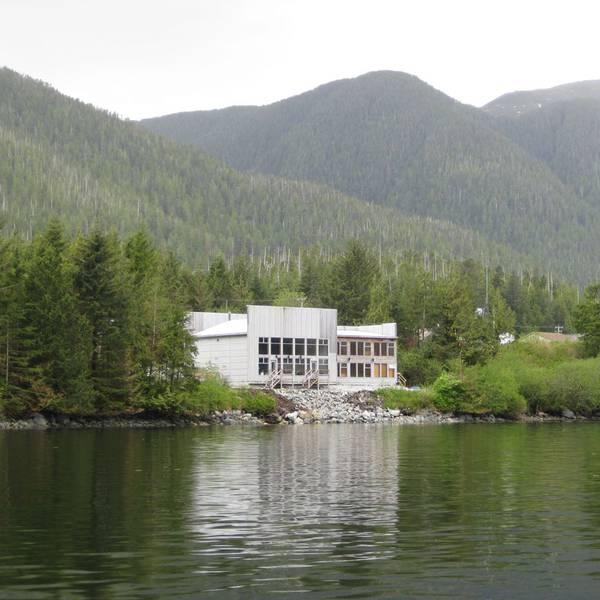 Spirit Bear Lodge - Canada - 3