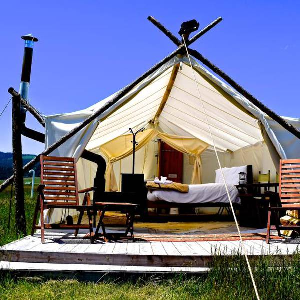 Under Canvas Yellowstone - dlx