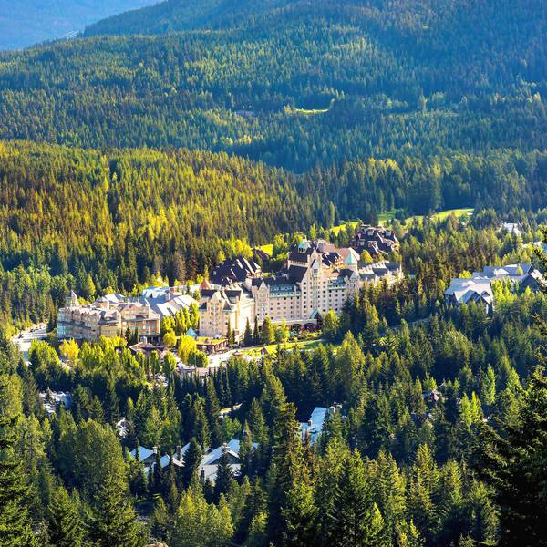 Fairmont Chateau Whistler - ext