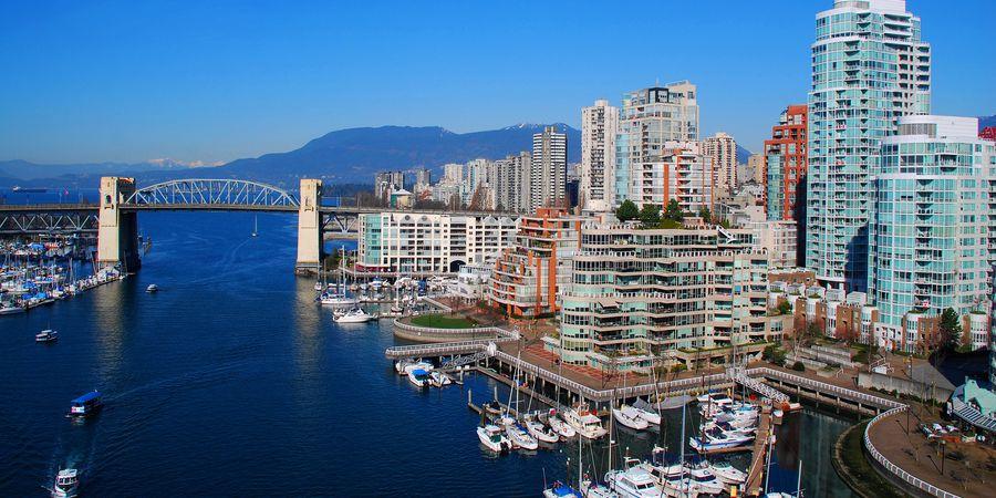 Burrard Bridge - Vancouver - British Columbia - Canada - Doets Reizen