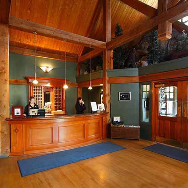 Buffalo Mountain Lodge - lobby