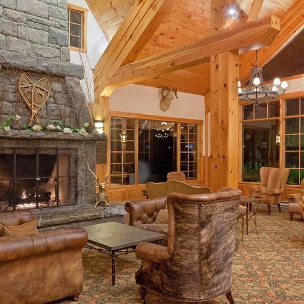 Crowne Plaza Resort Lake Placid - lobby