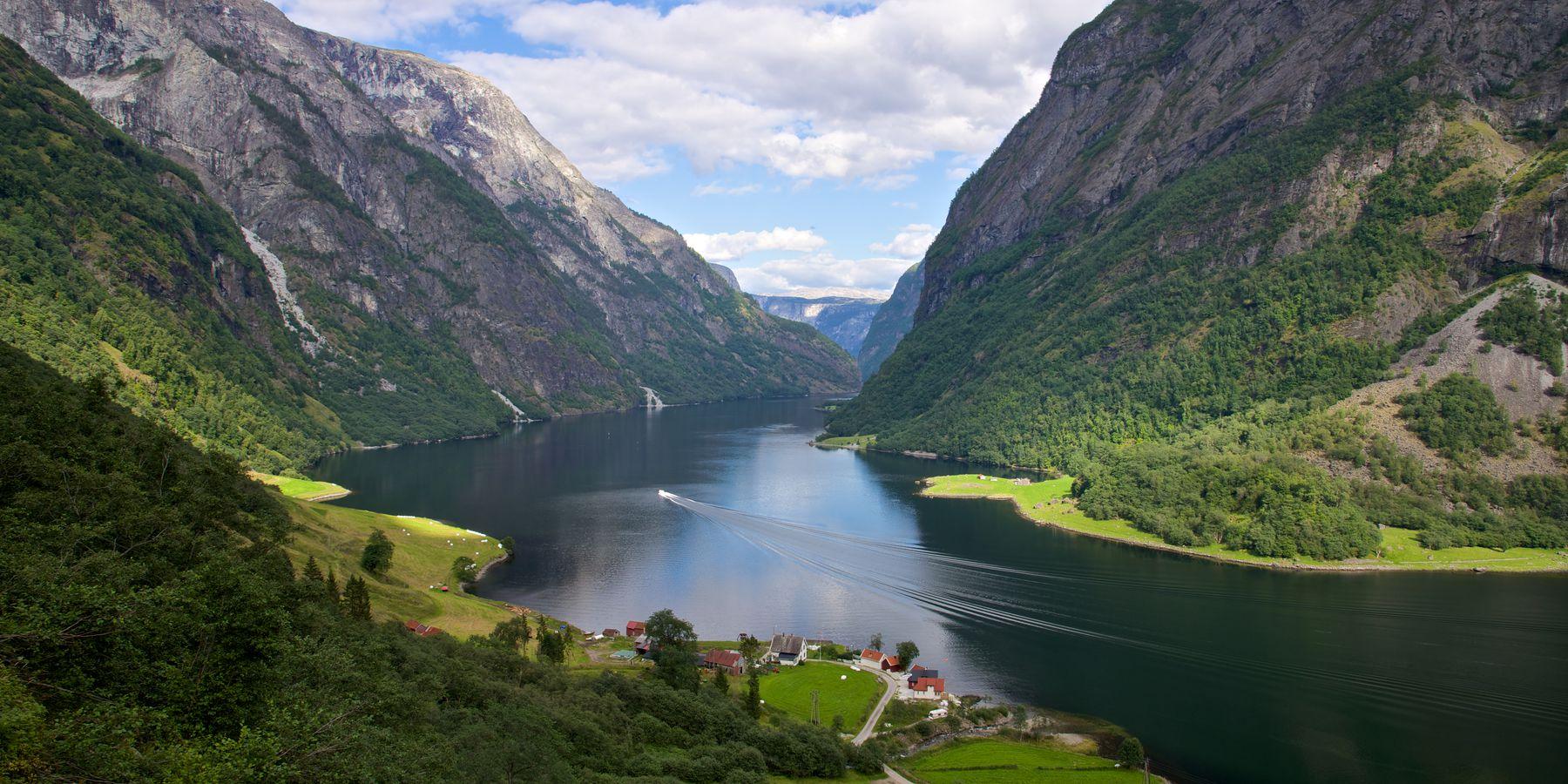 The Nærøyfjorden - Doets Reizen - Vakantie Noorwegen - VisitNorway