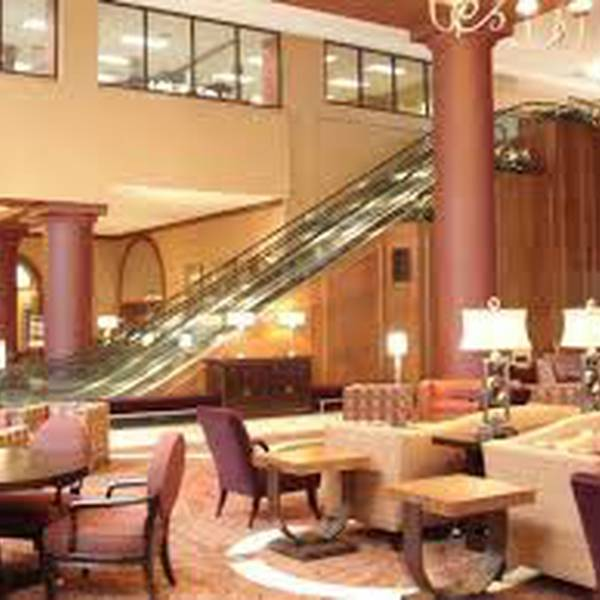 Crowne Plaza Downtown St. Louis - Lobby