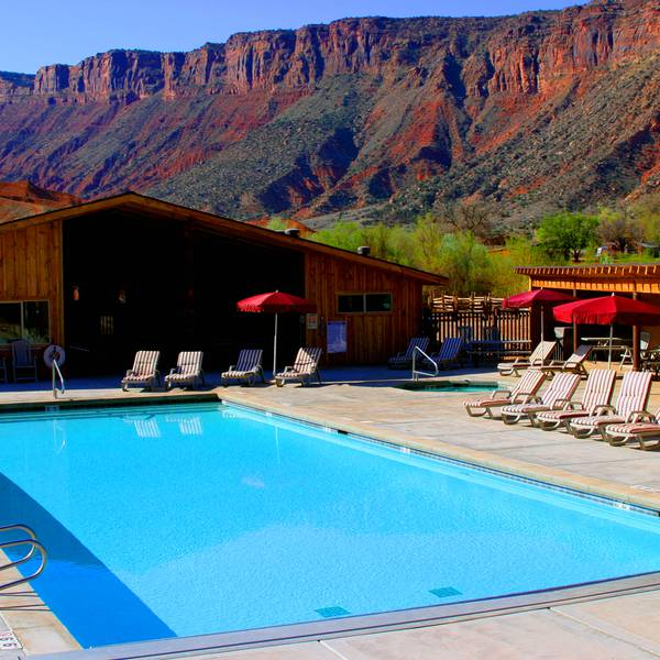 Red Cliffs Lodge - zwembad