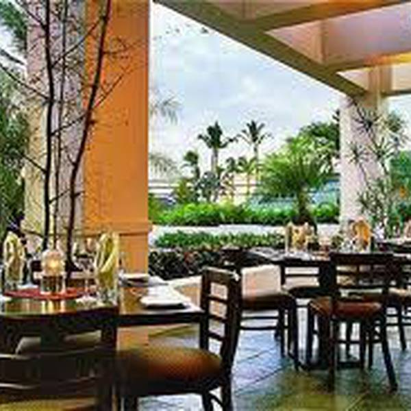 Maui Coast Hotel - restaurant