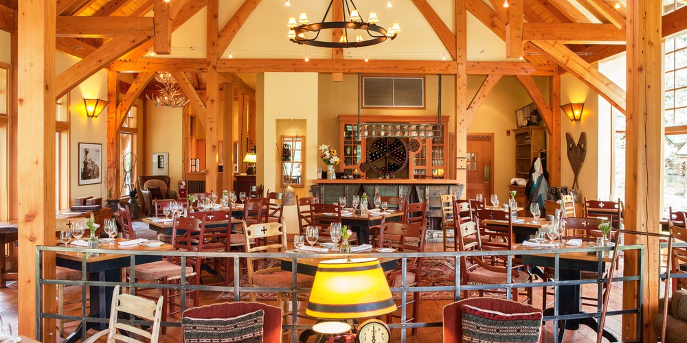 Cathedral Mountain Lodge - Yoho National Park - British Columbia - Canada - Doets Reizen