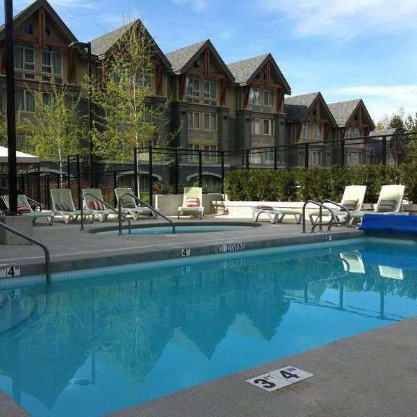 Aava Hotel Whistler - 5