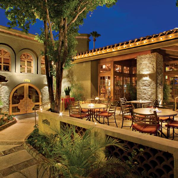 Pointe Hilton Squaw - restaurant