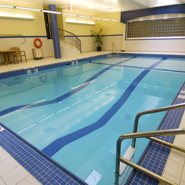 Crowne Plaza Fredericton Lord Beaverbrook - pool
