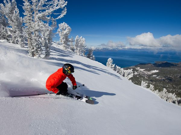 Wintersport Heavenly Lake Tahoe California USA